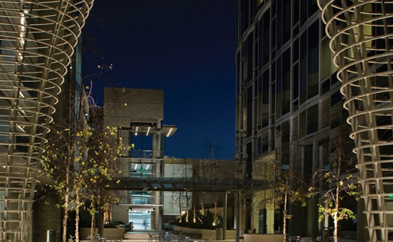 The courtyard at 10250 Constellation Place in Century City