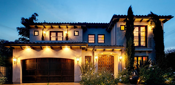 A house in the San Fernando Valley (credit: Mike Sowell Agency)