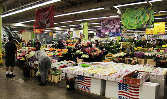 Inside the flower market at 755 Wall Street (Credit: Yelp, c/o Diana L.)