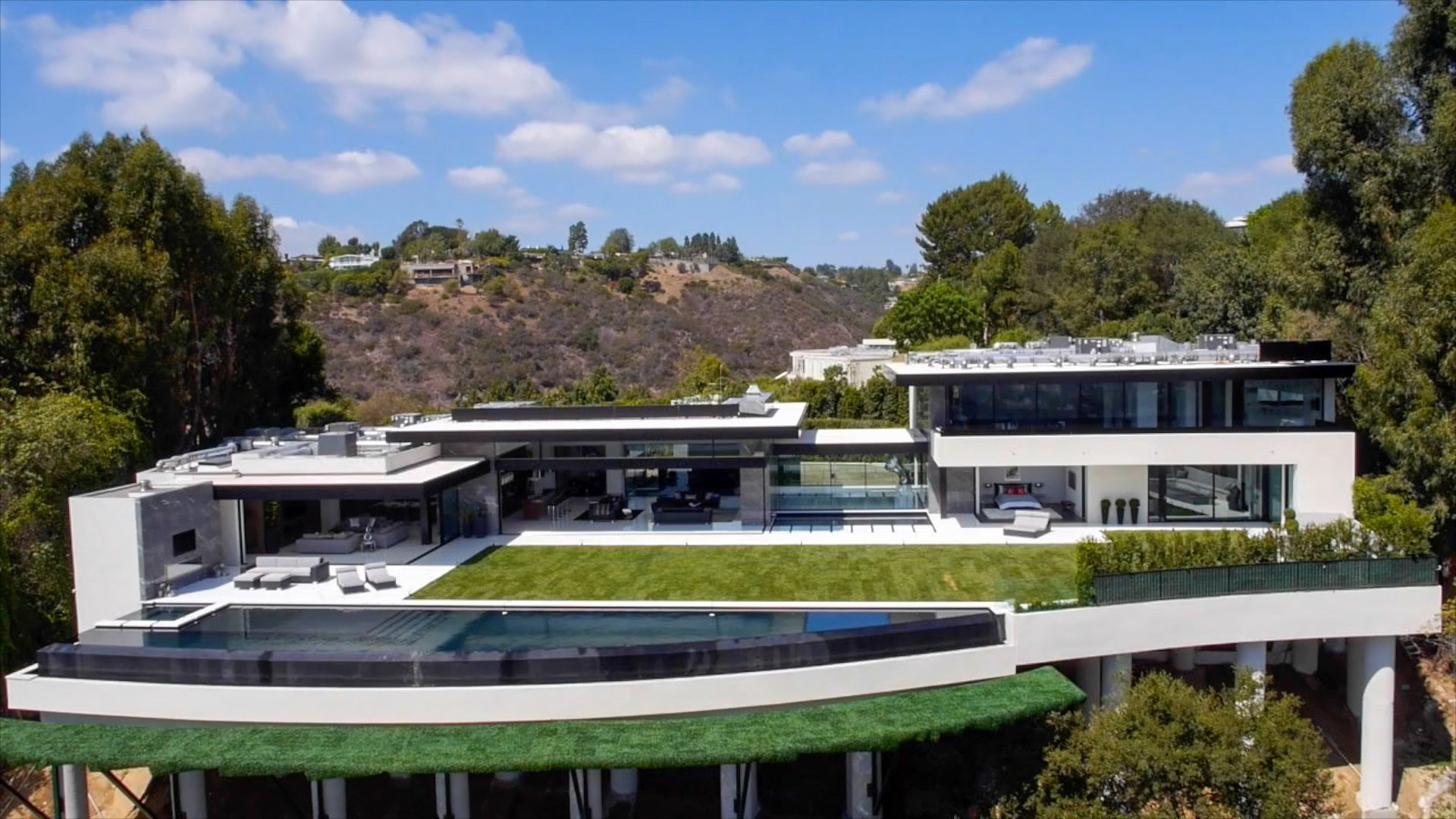 Luxury Architecture in addition 4 also Twilight Star Anna Kendrick Buys 1million Dollar Home Hollywood Hills likewise Watch furthermore Billionaire Lifestyle. on luxury home los angeles bel air
