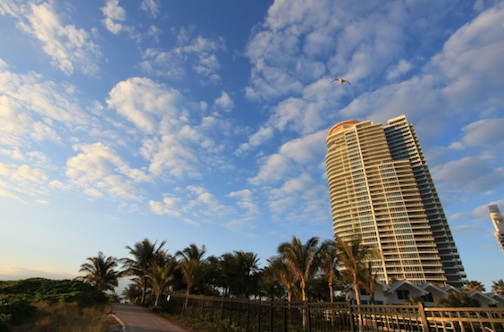 South beach s penthouse boom immobilier miami morgan for Achat maison miami