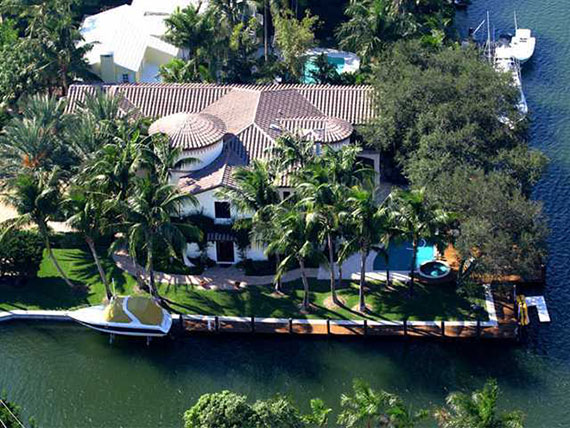 2317 Solar Plaza Drive in Fort Lauderdale