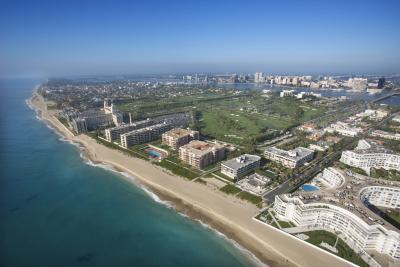 Hotels along the beach in Palm Beach County