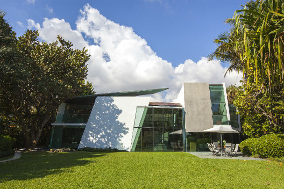 Modern house designed by architect Carlos Zapata