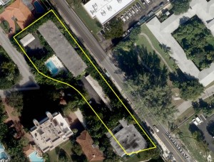 The strip of land at 3581 East Glencoe Street in Coconut Grove