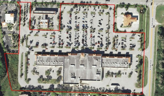 The Publix-anchored shopping center that just sold in West Palm Beach
