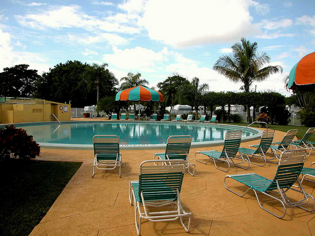 Miami Everglades Resort pool
