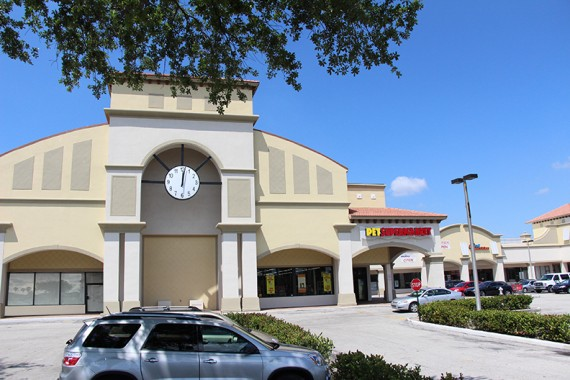 The Royal University Plaza shopping center in Coral Springs