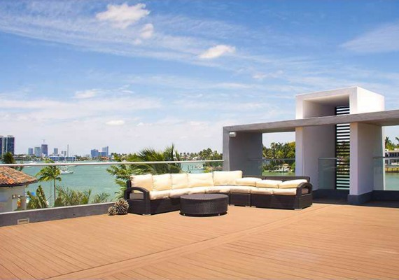 Rooftop of 233 North Coconut Lane