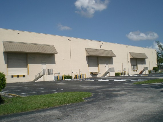The warehouses at 2301 Stirling Road
