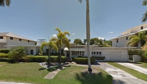 The 1960s home that formerly occupied 601 Royal Palm Drive in Fort Lauderdale