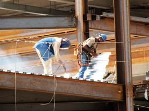 Florida's construction work force totals 441,700.
