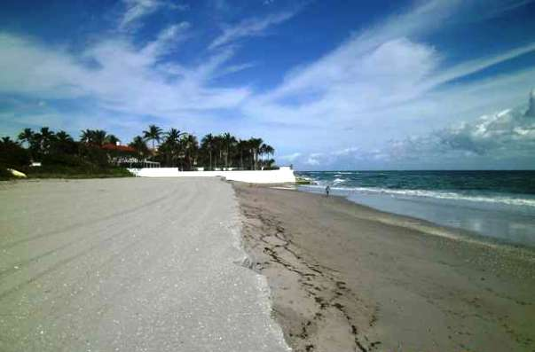 Clarke Beach south of The Breakers (Credit: Palm Beach Shore Preservation Board)
