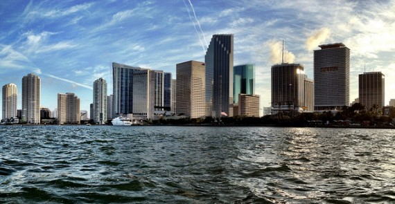 Downtown Miami skyline (Credit: Miamiism)