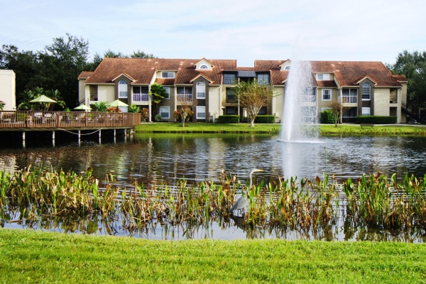 Pine Harbour Apartments in east Orlando