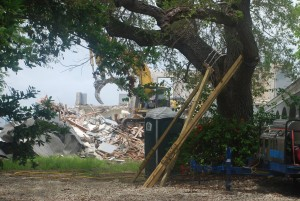 Photo of the 2013 demolition (Credit: Save Miami Beach Homes)
