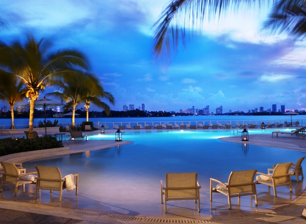 The infinity swimming pool at Southgate Towers in Miami Beach