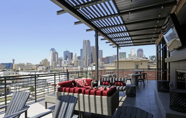 View of downtown Dallas from the Alta Farmers Market apartments (Source: ApartmentHomeLiving.com)