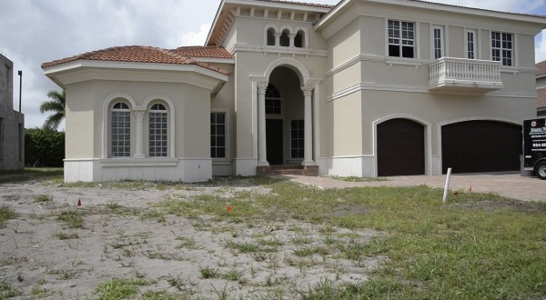 Unfinished home at Estates at Boynton Waters (Credit: Sun-Sentinel)