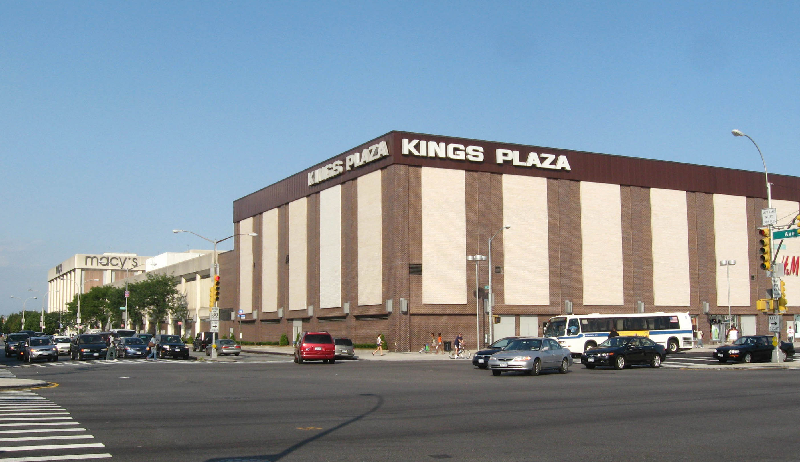 Macerich Kings Plaza Mall Green Acres Mall