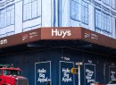 Huys signage