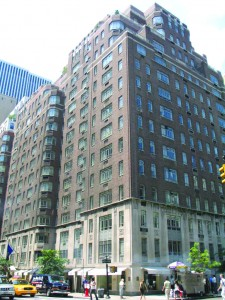 The Carlton House hotel at 680 Madison Avenue, which Extell is redeveloping with Angelo, Gordon & Co.