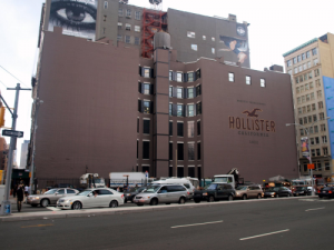 Hollister at 600 Broadway