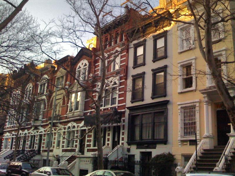 Manhattan townhouses 2013 douglas elliman nyc for Townhouse for sale in manhattan