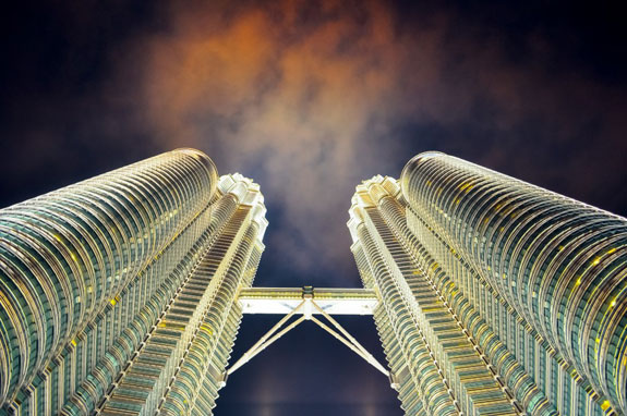 Petronas-Twin-Towers-1024x680