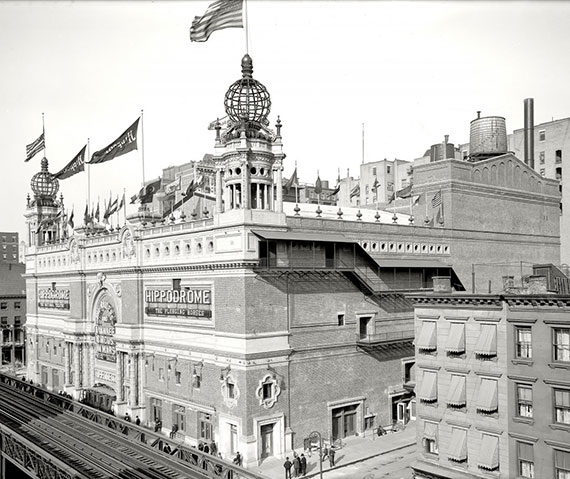 New York City's hippodrome, located on Sixth Avenue between West 43rd and West 44th streets was demolished in 1939.