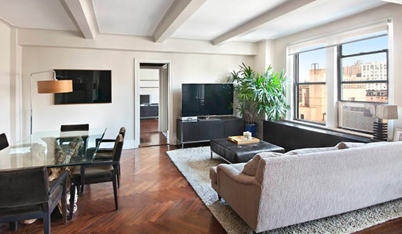 A one-bedroom at 33 Riverside Drive listed at $900,000