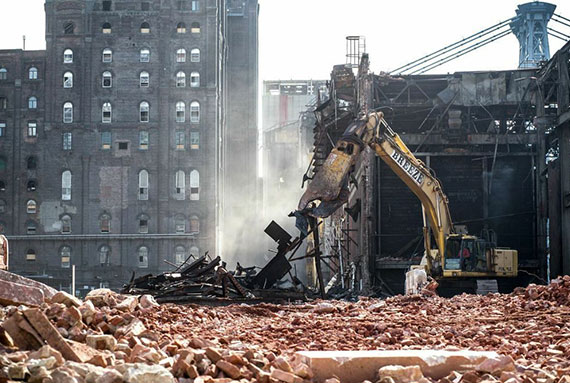 Demolition of the Domino Sugar Factory