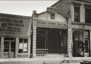 A photo of the Santa Ana offices of the Orange County Title Company, predecessor to First American (Credit: First American)