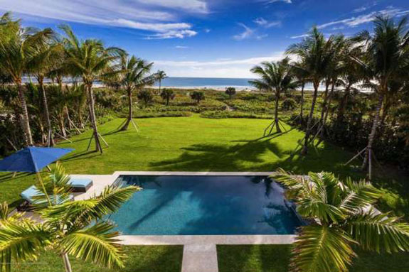Ocean view from 1695 North Ocean Way in Palm Beach (Credit: Sargent Architectural Photography) - See more at: http://therealdeal.com/miami/2016/03/12/196275/#sthash.BvdUvpoU.dpuf