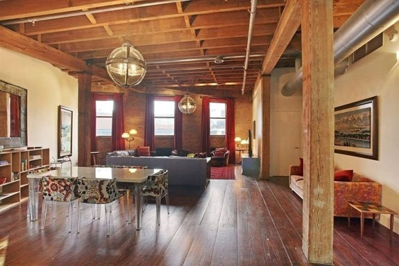 shes-combining-the-two-floors-in-a-project-that-will-reportedly-cost-535000-this-is-what-the-place-looks-like-pre-renovation--the-wood-beams-seem-like-a-nod-to-her-more-rustic-nashville-style