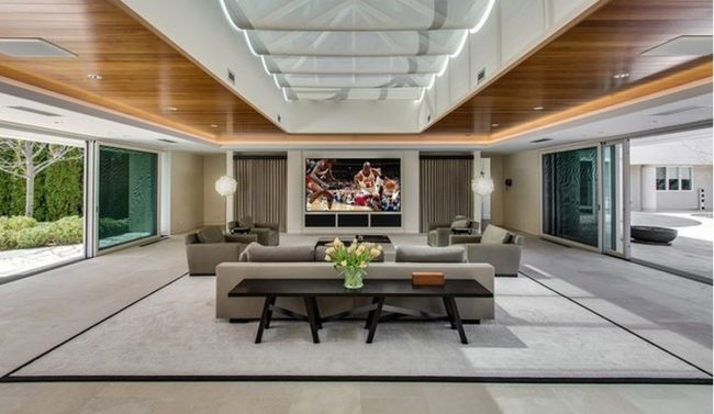 Brilliant Michael Jordan Mansion Compass The Agency Home Interior And Landscaping Ologienasavecom