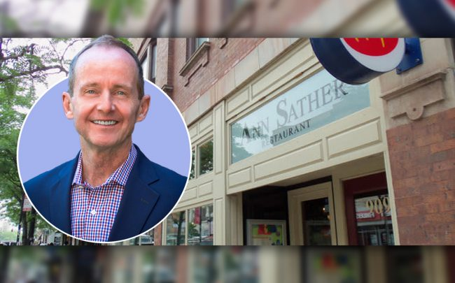 Alderman Tom Tunney (44th) and Ann Sather restaurant at 909 West Belmont Avenue (Credit: 44th Ward)