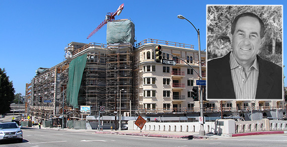 Construction of the Da Vinci Apartments at 909 West Temple Street