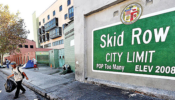 Skid Row city limits (credit: Robyn Beck)