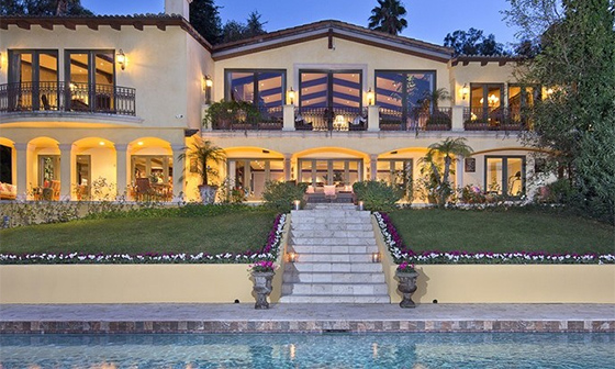A property listed at 12753 Mulholland Drive in Beverly Hills (via the Agency)