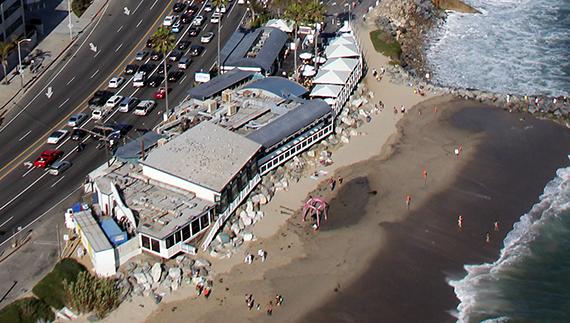 Gladstones Malibu restaurant at 17300 Pacific Coast Highway