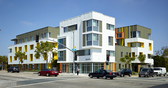 The affordable Pico Housing complex at 2802 Pico Boulevard (Credit: Moore Ruble Yudell)