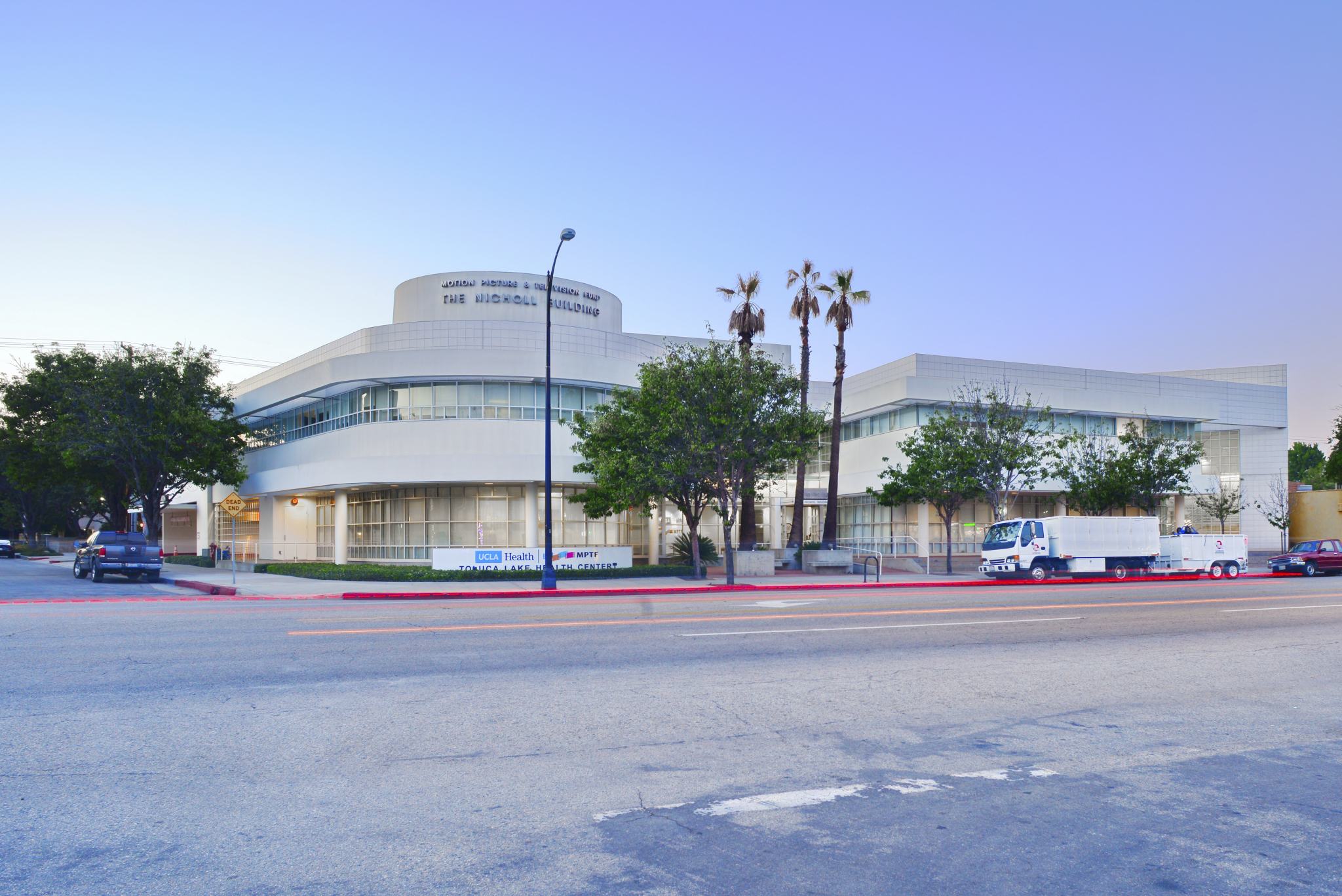 toluca-lake-health-center-photo-1