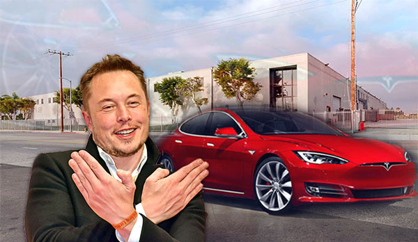 Tesla Model S And Elon Musk At 4755 Alla Road In Marina Del Rey Credit Getty Commercial Cafe