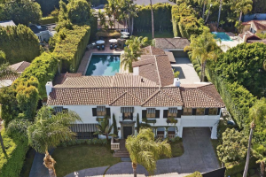 Actor William Powell's former home in Beverly Hills (credit: Realtor.com)