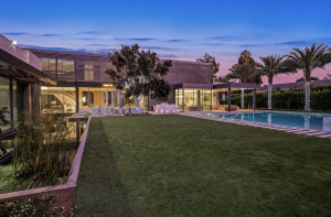 1021 N. Beverly Drive in Beverly Hills (Credit: The Oppenheim Group)