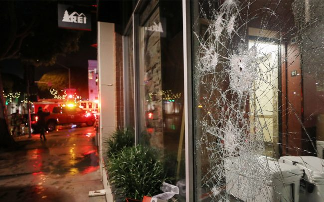 Shops were looted in Santa Monica (Credit: Mario Tama/Getty Images)