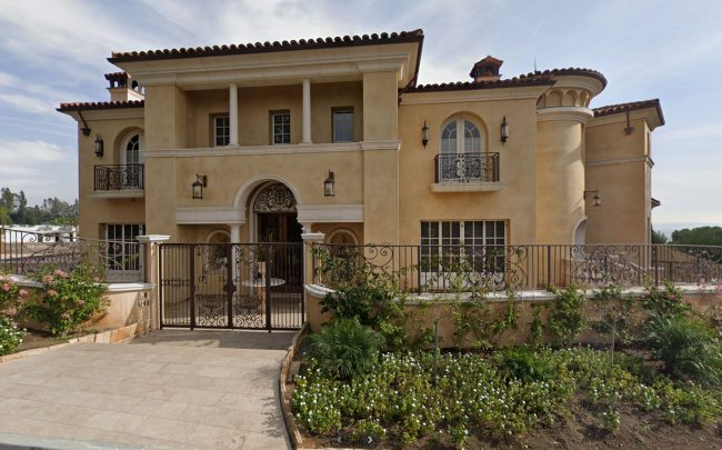 1142 Calle Vista Drive in Beverly Hills (Credit: Google Maps)