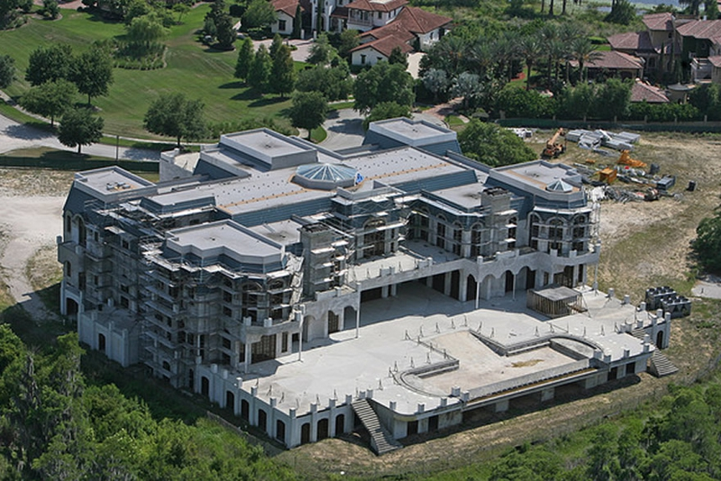 Versailles house resumes construction for Biggest house in miami