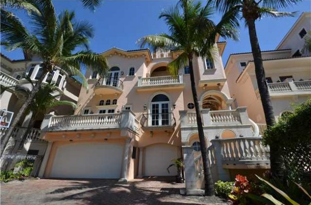 3573 South Ocean Blvd Photo Courtesy Realtor Former Linebacker Ray Lewis Has Listed His West Palm Beach
